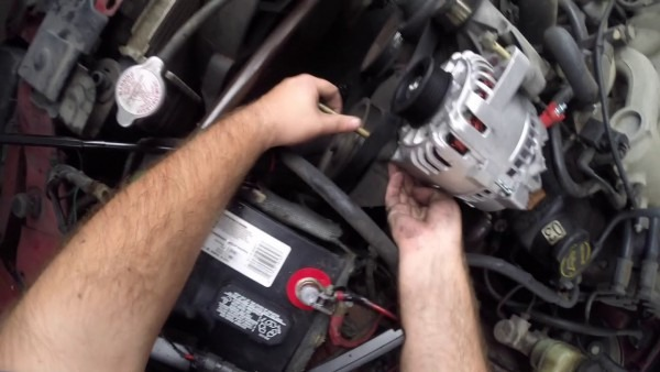 2003 Mustang V6 Alternator Replacement