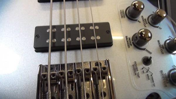 Ibanez Sr300e Bass Guitar Review