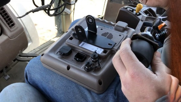 How To Install The John Deere Adapter Wire Harness For Fieldview