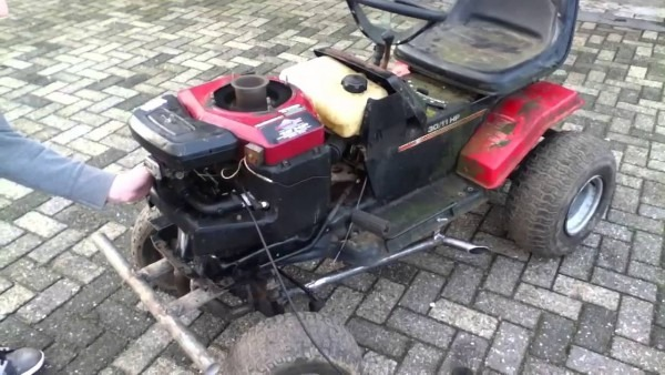 Racing Mower 18 Hp Twin With Straight Pipes Running