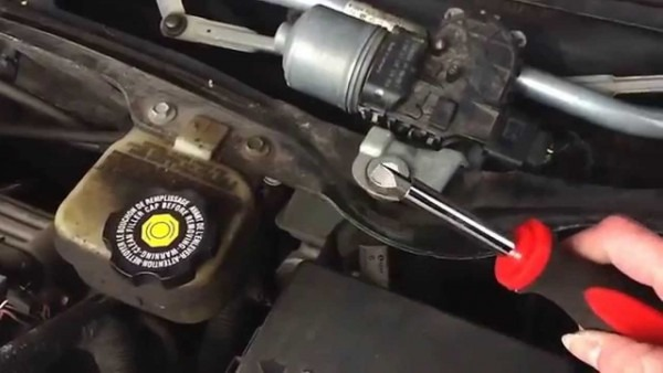 How To Change A Wiper Transmission In A 2003 Saturn Ion  No Timing
