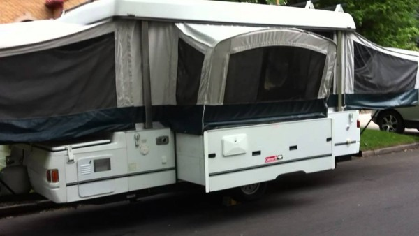 2002 Coleman Utah Grand Tour Slide Out Dinette
