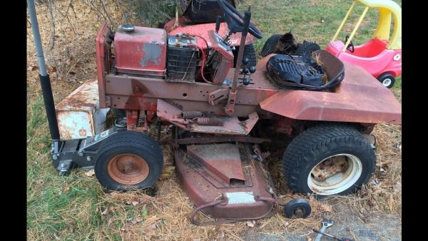 Saving An Old Gravely 812 Fix Up Part 1