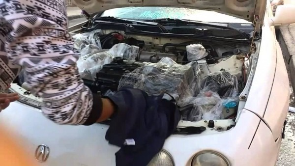 Cleaning The Integra's Engine Bay!!!!!