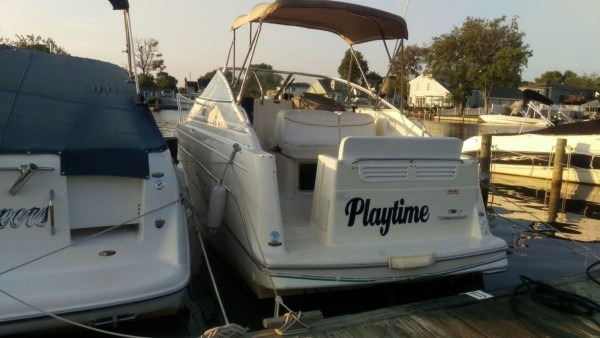 Maxum 2400 Scr 1999 For Sale For $16,000